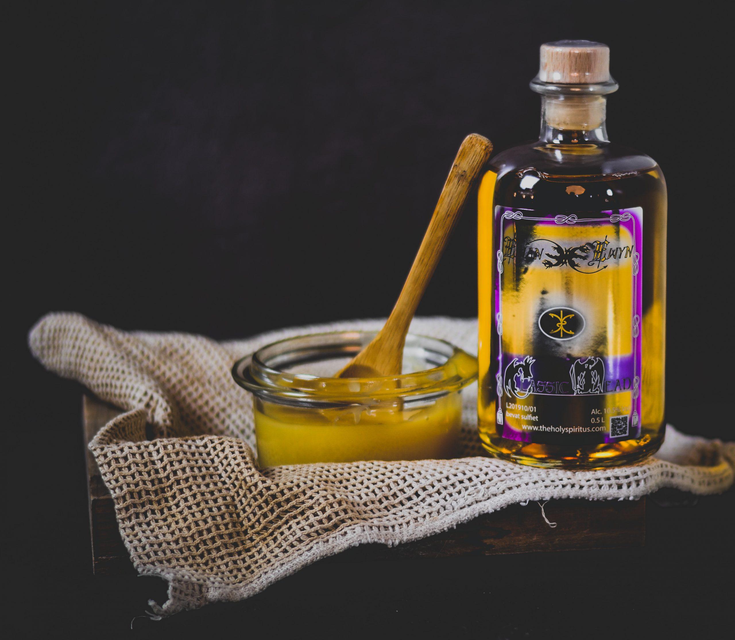 honingwijn-sint-jansteen-the-holy-spiritus